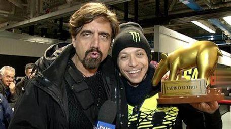 Valentino Rossi riceve il Tapiro d'oro (Striscia la Notizia - Canale 5)