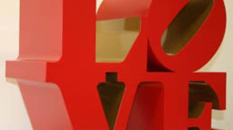Robert Indiana Love  1966-1999  Scultura, alluminio policromo (red and gold)