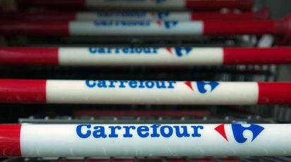 Carrefour taglia 500 posti e tre negozi