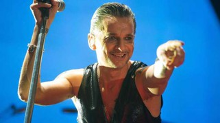 Depeche Mode, grido d'allarme in Spirit