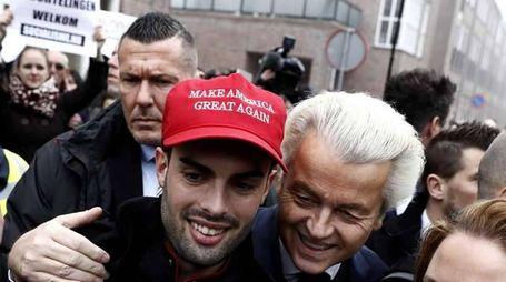Olanda: partito governo pari con Wilders