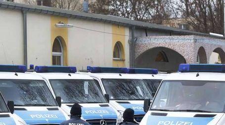 Germania: 007, 1600 persone vicine Isis