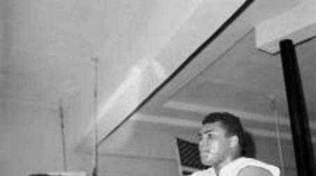 Figlio Mohammed Ali fermato in aeroporto