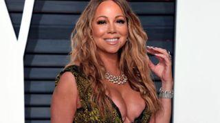 Oscar 2017, Mariah Carey eccessiva con un abito 'esplosivo'