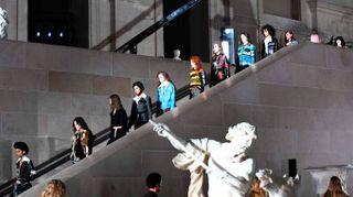 Parigi fashion week, Vuitton tra i capolavori del Louvre