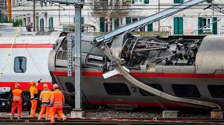 Svizzera, deraglia treno italiano a Lucerna (Afp)