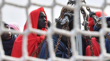 Migranti sbarcati sulle coste siciliane (Lapresse)