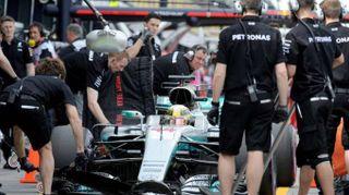 F1: Mercedes riparte davanti, Vettel 'solo domani verità'