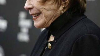 Cinema: Shirley MacLaine, leggenda di nuovo sul set