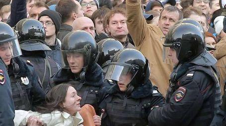 Fermi a Mosca salgono a oltre 500