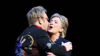 Elton John 'ha rischiato di morire'