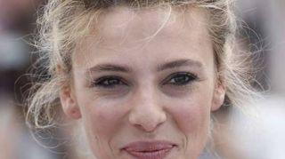 Cannes: Fortunata la parrucchiera piena de core