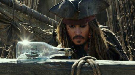 Johnny Depp in una scena del film – Foto Walt Disney Pictures/Jerry Bruckheimer Films