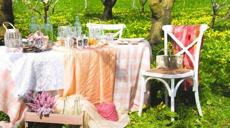 Ambientazione country chic in giardino