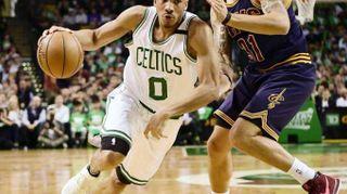 Basket: Nba, Golden State-Cleveland finale per 3/o anno fila