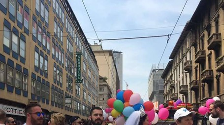 In migliaia al Milano Pride