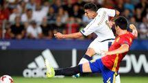 Pellegrini al tiro contro la Spagna (Afp)