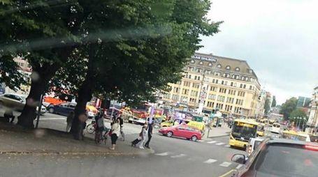 Finlandia, uomo accoltella passanti a Turku (Afp)