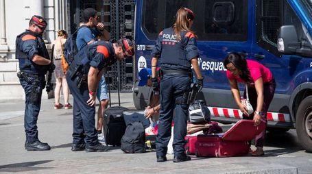 Attentato Barcellona, i soccorsi (LaPresse)