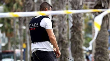 Barcellona: pacco sospetto su autobus