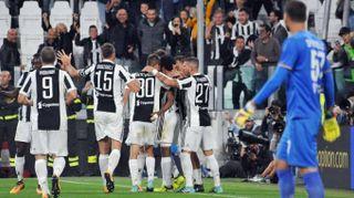 Calcio: Allegri, '3 punti imparando a soffrire,ora il derby'