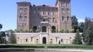 Le residenze reali in Italia dove sentirsi re e regine per un giorno