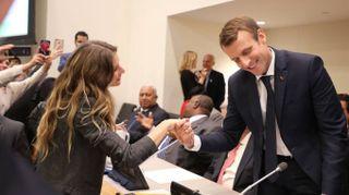 Gisele Bundchen strega l'Onu. E anche Macron