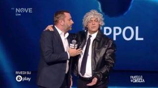 """Crozza diventa Grillo e presenta """"Di MA-iOS"""""""