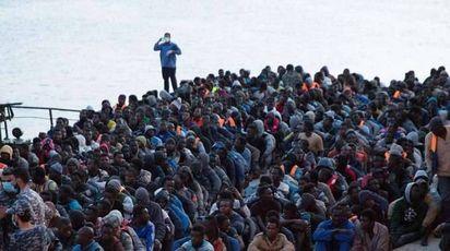 Ue, per ora redistribuire migranti