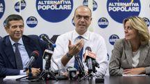 AP, Maurizio Lupi, Angelino Alfano, Beatrice Lorenzin alla direzione nazionale (LaPresse)