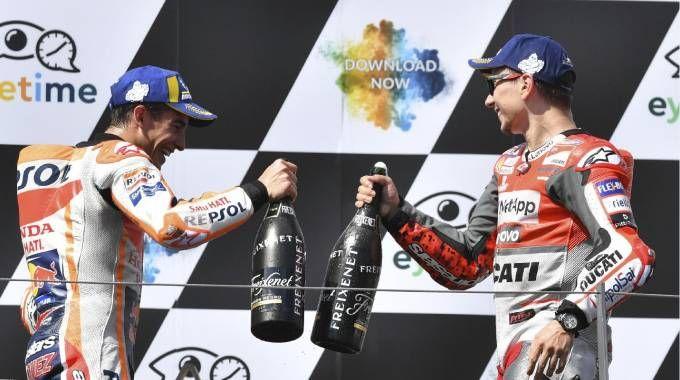 """Motogp Austria 2018, Lorenzo euforico. Rabbia Dovizioso: """"Volevo vincere"""""""