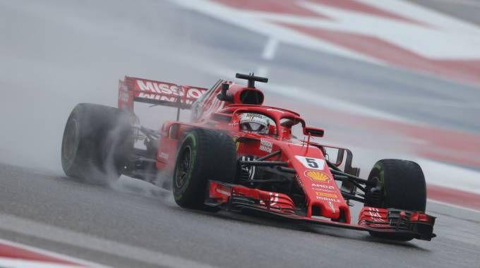 F1 Gp Usa 2018, Hamilton vola nelle libere. Penalità a Vettel. Risultati e tempi