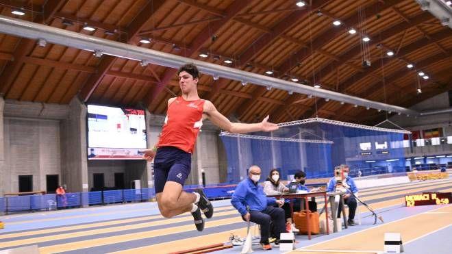 Atletica leggera: il grossetano Monaci campione regionale - La Nazione