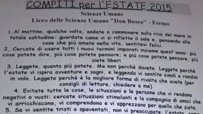 """I compiti delle vacanze assegnati dal prof Cesare Catà, insegnante al Liceo delle Scienze Umane """"Don Bosco"""" di Fermo"""