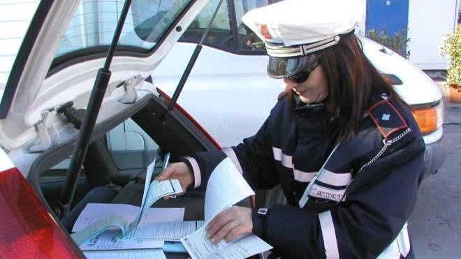 Polizia municipale (foto Attalmi)
