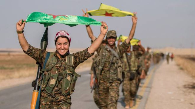 L'esercito curdo avanza, presa Tel Abyad (Lapresse)