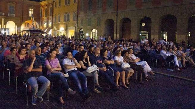 Piazza Prampolini nell'edizione 2014 di Restate