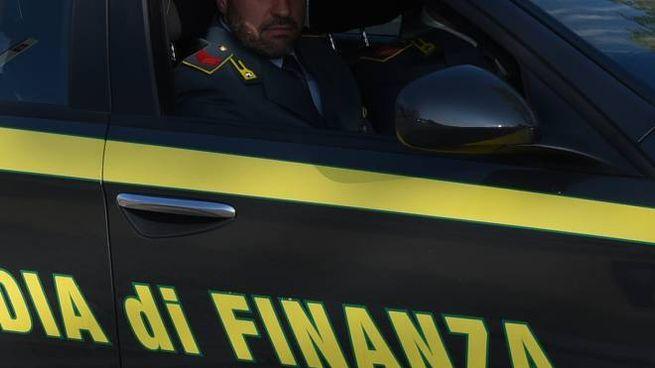 L'operazione di Livorno condotta dalla guardia di finanza e dall'agenzia delle dogane
