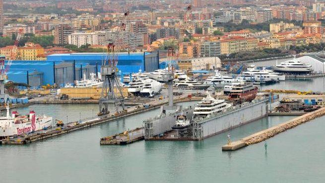 Una veduta del porto di Livorno