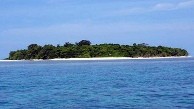 L'isola di Sangalaki (Borneo, est dell'Indonesia) (Ansa)