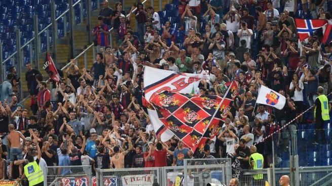 I tifosi del Bologna all'Olimpico di Roma (Schicchi)