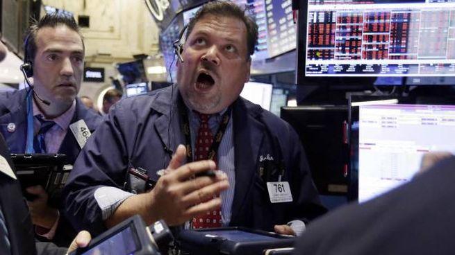 30f0cce6f1 Crisi Cina, Borse sotto choc. L'Europa brucia 411 miliardi, Milano ...
