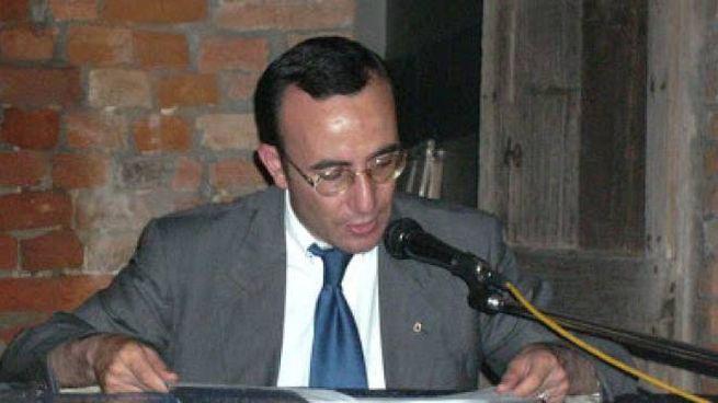 Solideo Paolini è autore di volumi di ispirazione religiosa