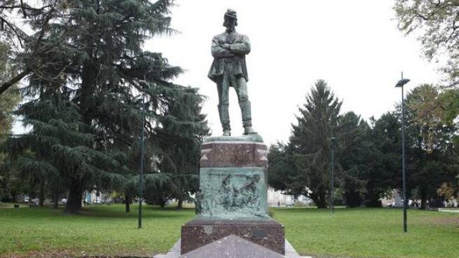 Il monumento al generale Sirtori a Milano