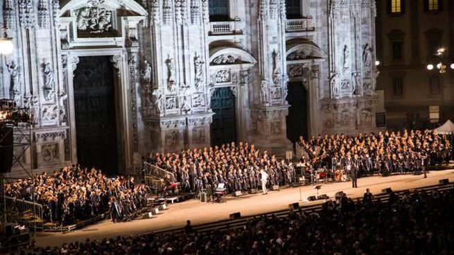 Gospel in piazza Duomo a Milano