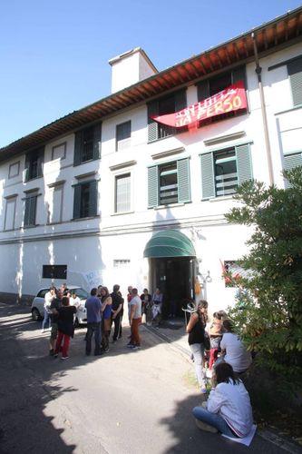 Occupata l'ex casa di cura Pergolino - Cronaca - lanazione it