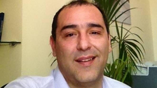 Ali Asghar Tayyebi, arrivato a Prato dall'Iran dopo essersi laureato a Messina. Ha lanciato un sito di cosmetici con un risvolto sociale
