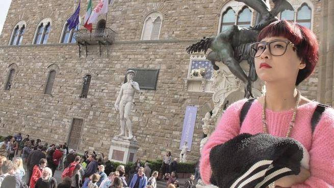 Turista a Firenze in una foto di repertorio