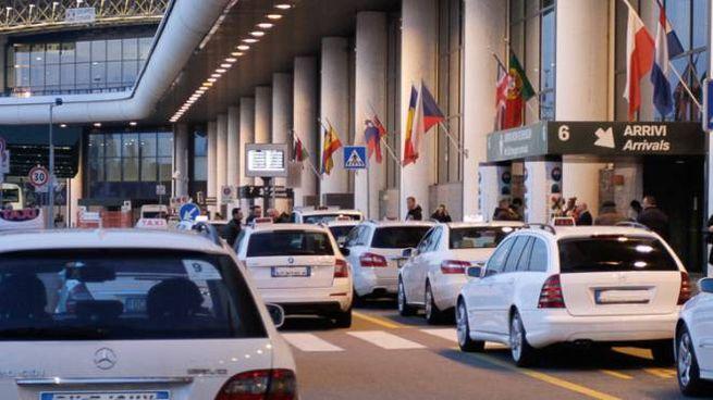 Taxi a Malpensa (foto archivio)