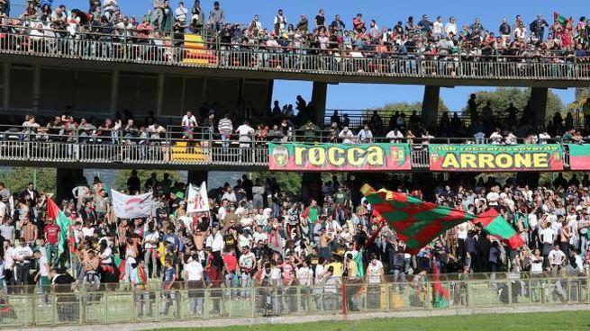 I tifosi della Ternana (Pianetafoto)